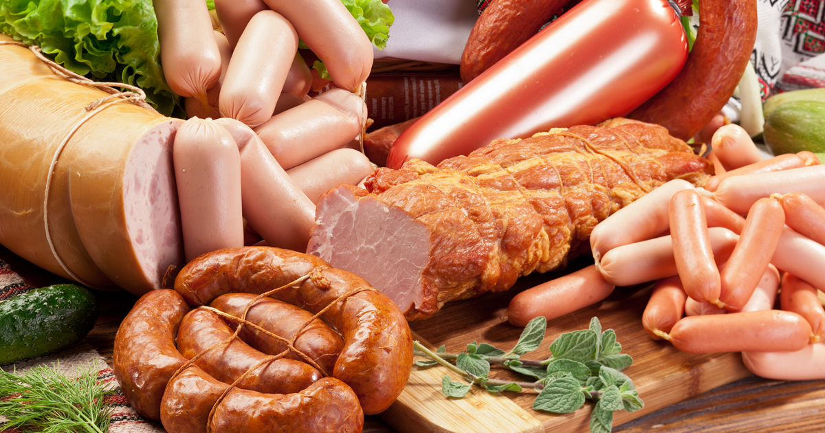 What foods and drinks are linked to cancer? | CTCA